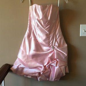 Jessica McClintock Pale Pink Strapless Dress